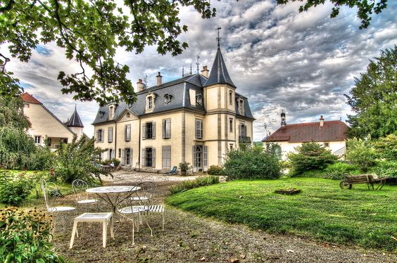 10 Pusy-et-Epenoux Hotels